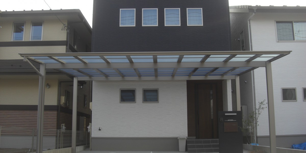 新築外構工事 駐車スペース・門壁・フェンス・ウッドデッキ・人工芝