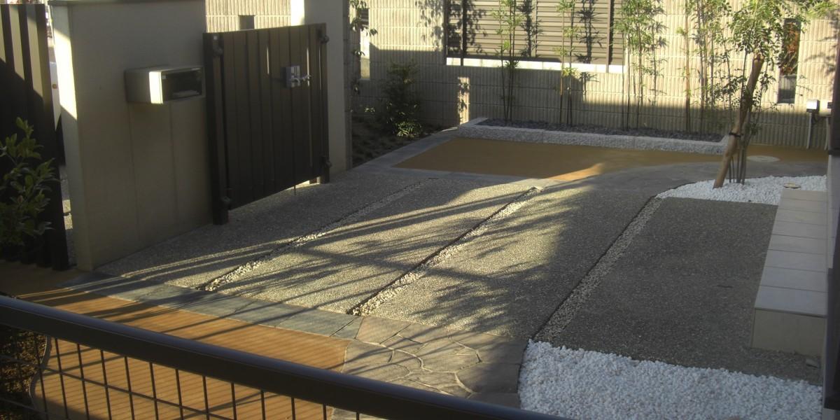 乱形石張りと真砂土舗装、和モダンデザインの植栽&アプローチ工事