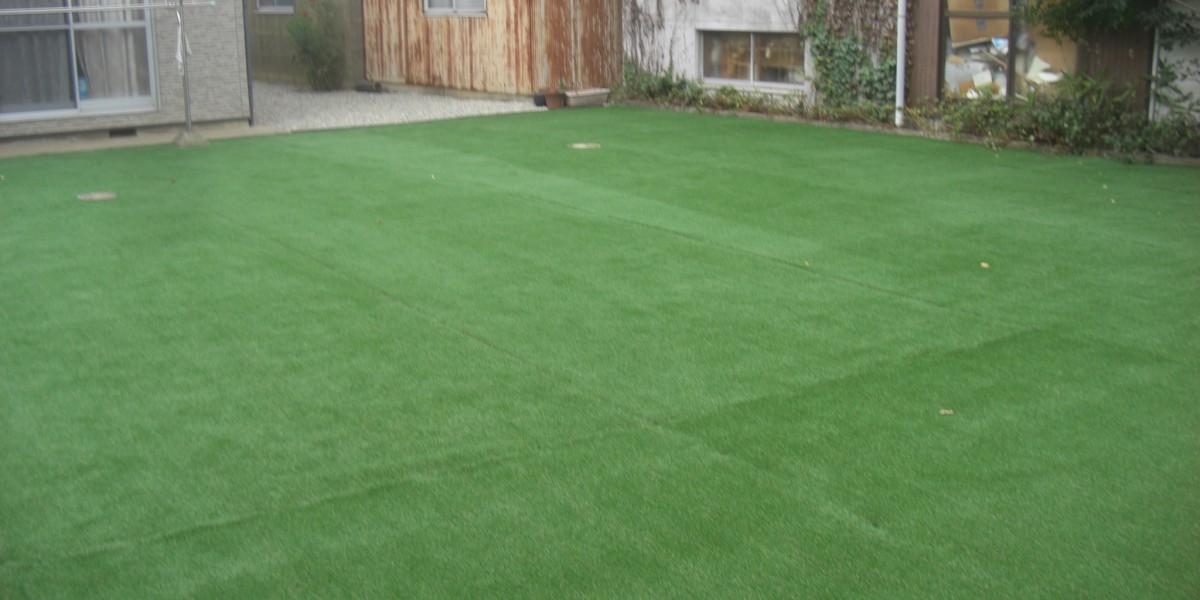 お庭の雑草対策に人工芝張り&砂利敷の施工例|犬山市S様邸