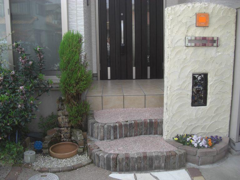 門壁の塗り替えとリフォーム工事(樹脂舗装・立水栓交換)の施工事例