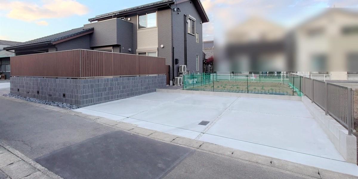 駐車スペースと畑スペース