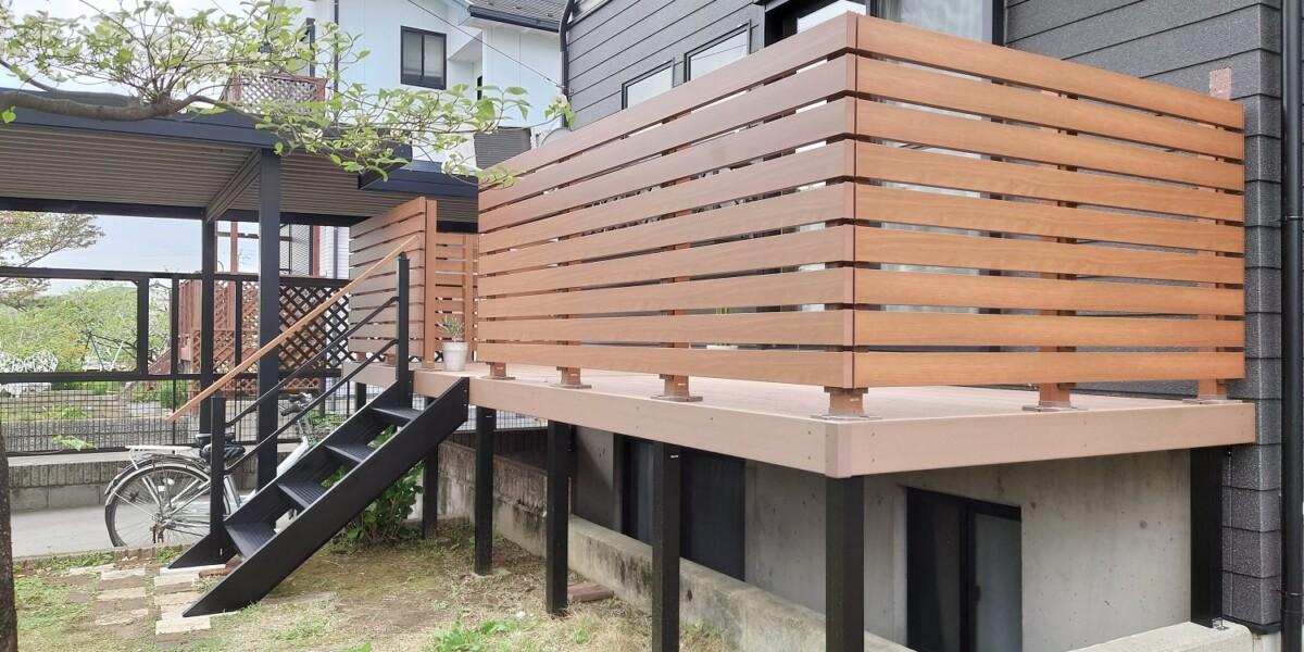 ウッドデッキのリフォーム工事 天然木から木樹脂デッキ 特注対応の施工例|犬山市