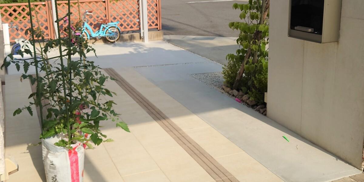 平板敷と土間コンクリート舗装➁